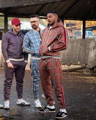 Выкройка: брюки-джоггеры из к/ф «Джентльмены» арт. ВКК-2478-1-ВП0265