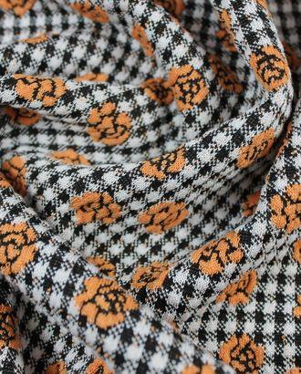 Трикотажная ткань, нежно-терракотовые цветочки на черно-белой клетке арт. ГТ-833-1-ГТ0025965