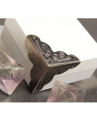 ШУМ3.0.5.48 Декоративный трехгранный уголок для шкатулок уп.48 шт. арт. МГ-67055-1-МГ0742631