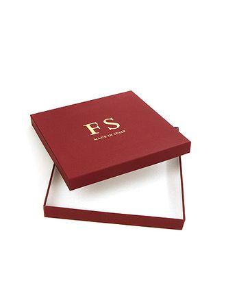 Коробка карт. дольче- квадрат. крафт 25/11-25 дольче бьянко- бордовая FS (25х25х3см) арт. МГ-91679-1-МГ0789341