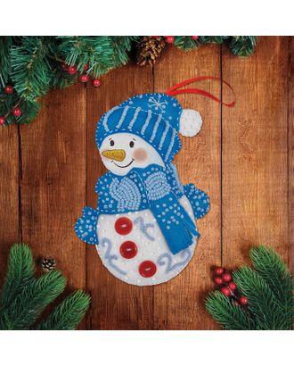 """Новогодняя игрушка из фетра с вышивкой бисером """"Снеговик"""" арт. СМЛ-8921-1-СМЛ3299478"""