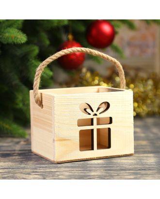 """Кашпо деревянное """"Новогодний подарок"""", ручка- шнур, 12,5х10,5х9,5см арт. СМЛ-120858-1-СМЛ0003885113"""