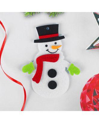 Набор для творчества-создай елочное украшение из фетра «Снеговичок в красном шарфике» арт. СМЛ-37629-1-СМЛ0004298784
